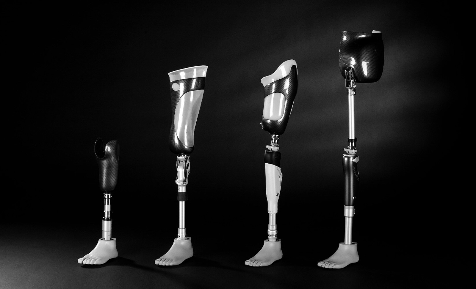Abb. 10-14: Beinprothesen der Firma Otto Bock Health Care GmbH