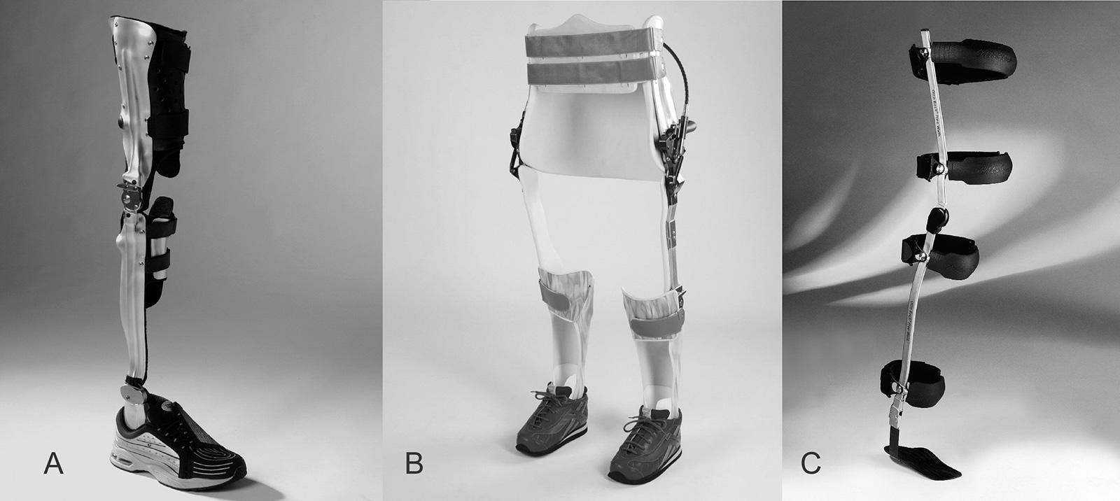 Abb. 10-6: Knie-Knöchel-Fuss Orthese (A), RGO Reziproke Gehorthese (B): weitgehend physiologische Beckenrotation beim Gehen durch eine biaxiale Gelenkkonstruktion. Free Walk-Orthese (C): Das spezielle Orthesensystem von Otto Bock sperrt das Kniegelenk in